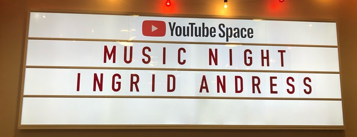 YouTube NY is one of Lugares favoritos de SV.