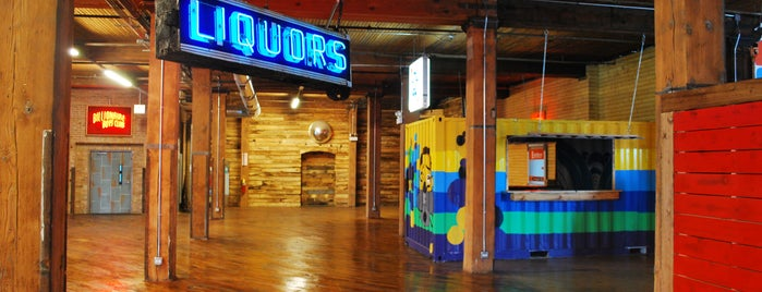 Lacuna Artist Lofts and Studios is one of Chicago Museum.