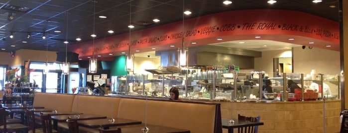 Newk's Eatery is one of Lugares favoritos de Waleed.