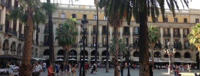 Plaça Reial is one of Barcelona- La Gente Esta Muy Loca.