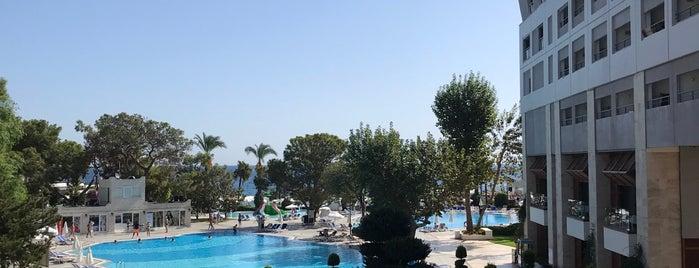 Mirada Del Mar Resort is one of Oteller.