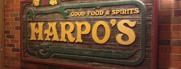 Harpo's Bar & Grill is one of CoMO Bar Musts.