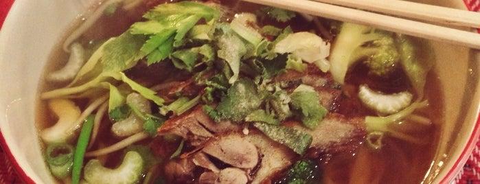 Tonsai Thai is one of Berlin's best food.
