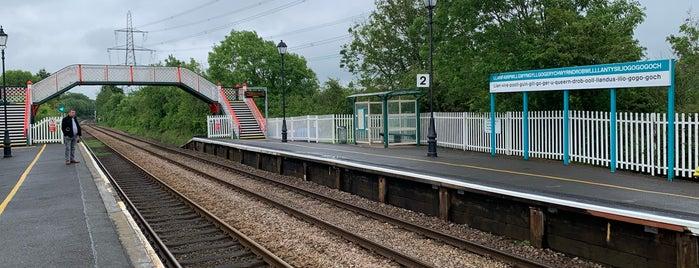 Llanfairpwllgwyngyllgogerychwyrndrobwllllantysiliogogogoch Railway Station (LPG) is one of Crazy Places.