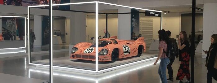 DRIVE Volkswagen Group Forum is one of Posti che sono piaciuti a Flava.