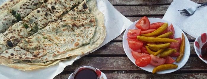 Adile Ana'nın Yeri - Çay Evi is one of Locais curtidos por Cumali.