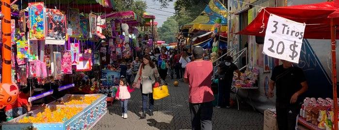 Mercado de Coyoacán is one of Brian : понравившиеся места.