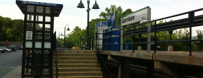 Metro North - Garrison Train Station is one of Greg 님이 좋아한 장소.