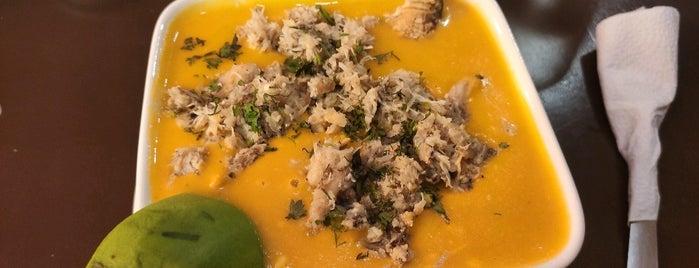 Cangrejal Manny's is one of Locais curtidos por Del.