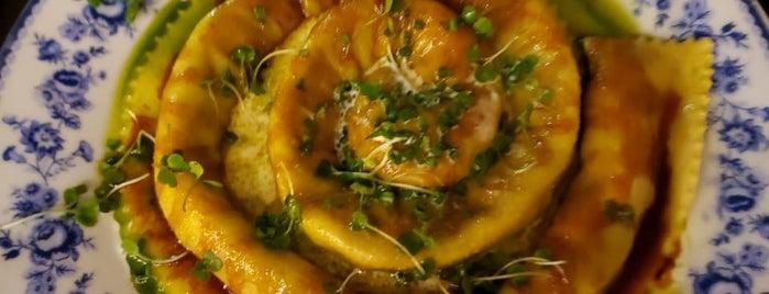 Heaven Cucina is one of Restaurantes.