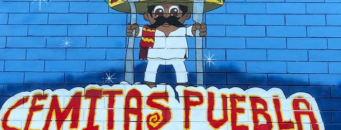 Cemitas Puebla Y Taqueria is one of สถานที่ที่ Camilo ถูกใจ.