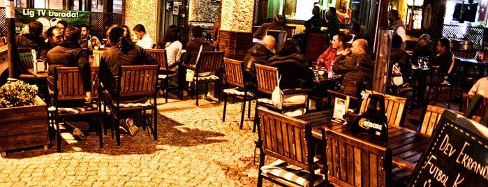 Cabare & Cafe Bar is one of Locais curtidos por TC İbrahim.