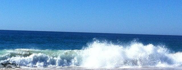 Playa del Faro de Trafalgar is one of Playas nudistas.
