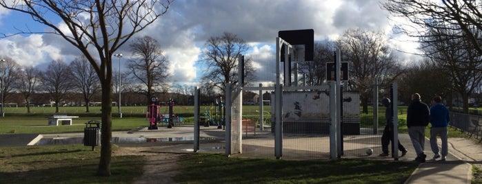Charlton Park is one of Tempat yang Disukai Agata.