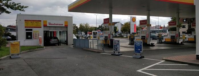 Shell is one of Orte, die Erkan gefallen.