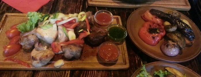 Перша львівська грильова ресторація м'яса та справедливості is one of Locais curtidos por Lenyla.