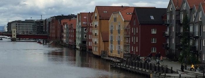 Bakklandet is one of Trondheim.