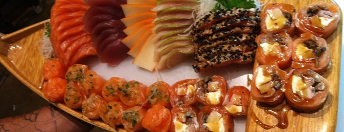 Takeo Sushi Lounge Bar is one of Sushi NH.