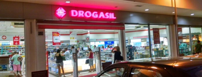 60335325648 Drogasil is one of Shopping Prado.