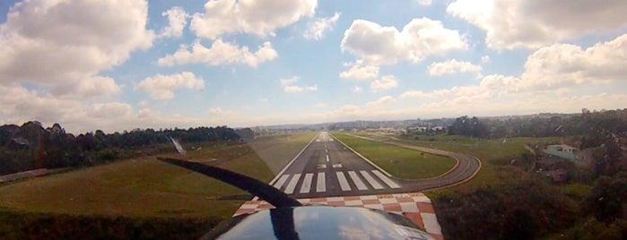 Aeroporto de Curitiba / Bacacheri (BFH) is one of Zé Renato 님이 좋아한 장소.