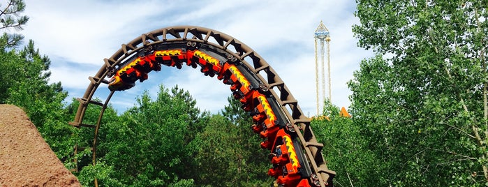 Dragon Mountain is one of ROLLER COASTERS 4.