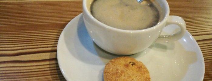 Lumoss Cafe is one of Locais curtidos por Elif.