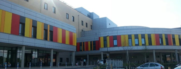 University Hospital of North Midlands is one of Lieux qui ont plu à Ricardo.