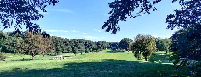 Forest Park Golf Course is one of Locais curtidos por Brian.