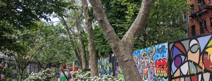 First Street Green Art Park is one of nyc 🗽.