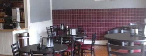 Clancy's Cafe and Creamery is one of Lieux sauvegardés par Lizzie.