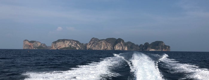 Andaman sea is one of Locais curtidos por Chuck.