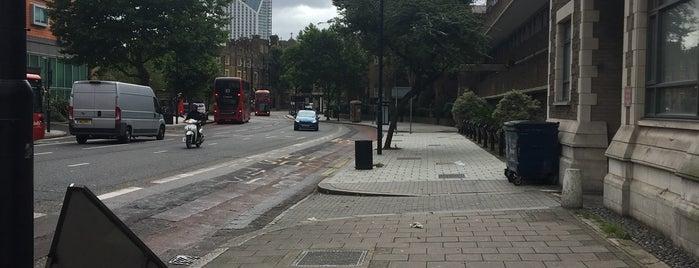 Westminster Bridge Road is one of Londen.