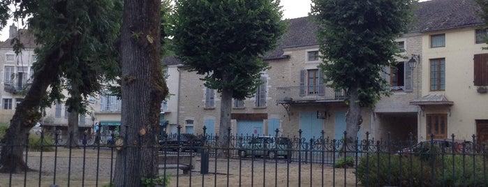Le Vendangerot is one of Paris.