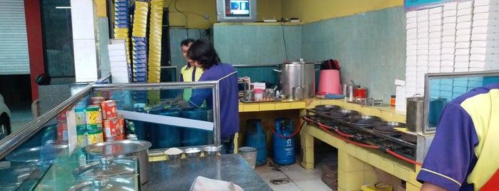 Martabak Bandung 999 is one of Food!!.