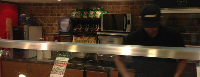 Subway is one of Locais curtidos por Any.