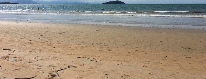 Praia dos Manguinhos is one of Viagem.