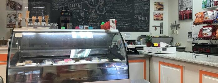 Top Marks Cafe is one of Lugares favoritos de Ivan.