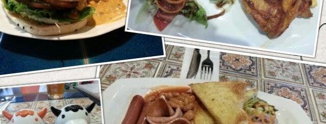 Platter Houz is one of Makan2.