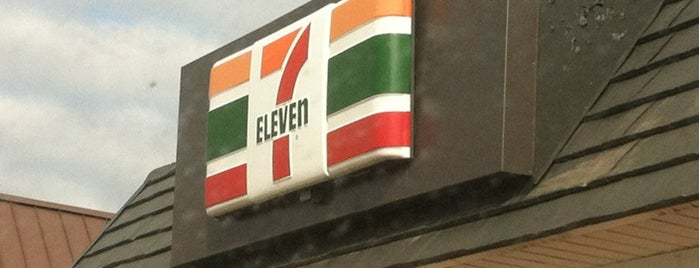 7-Eleven is one of Lieux qui ont plu à Jose.