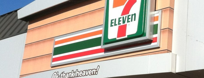 7-Eleven is one of Chrisさんのお気に入りスポット.