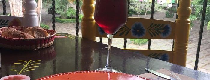 Mesón Antigua Sta Catarina is one of Tania'nın Beğendiği Mekanlar.