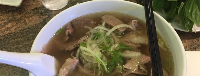 Phở Ao Sen is one of Carl 님이 좋아한 장소.
