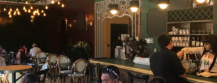 CHALET cocina&café is one of Rafa : понравившиеся места.