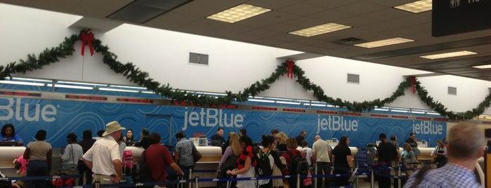 JetBlue Check-in is one of Lieux qui ont plu à Bruna.