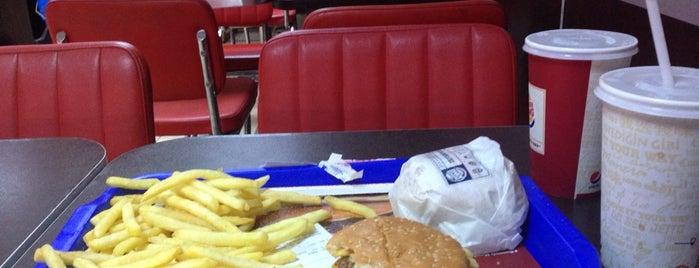 Burgerking is one of Locais curtidos por Cem.