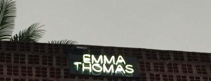 Galeria Emma Thomas is one of Lugares que Van & Fê estiveram II.
