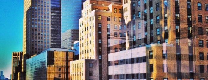 Hotel Boutique At Grand Central is one of Locais salvos de Robert.