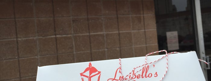 Lucibello's Italian Pastry Shop is one of Lugares guardados de Arsalan.