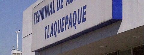 Terminal de Autobuses Tlaquepaque is one of Locais curtidos por kArE.