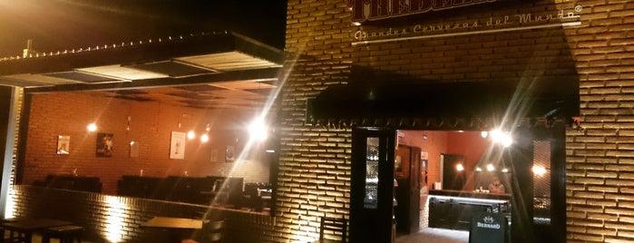 The BeerBox Juriquilla is one of Tempat yang Disimpan Adrian.